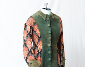 RESERVED*******Victorian Late 1880's Velvet Front Baroque Printed Back Fully Lined Dressing Gown / Hostess Dress Size S / XS