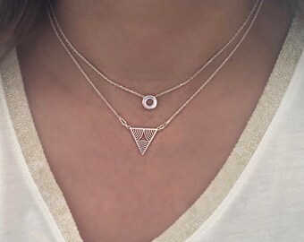 Dainty Triangle necklace. Sterling Silver Triangle necklace. Geometric necklace. Layering necklace. Minimalist jewelry