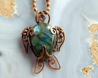 Wire Wrapped Sea Turtle Pendant, Labradorite Turtle Necklace, Sea Turtle Pendant, Wire Turtle, Copper Jewelry, Unique Sea Turtle Pendant