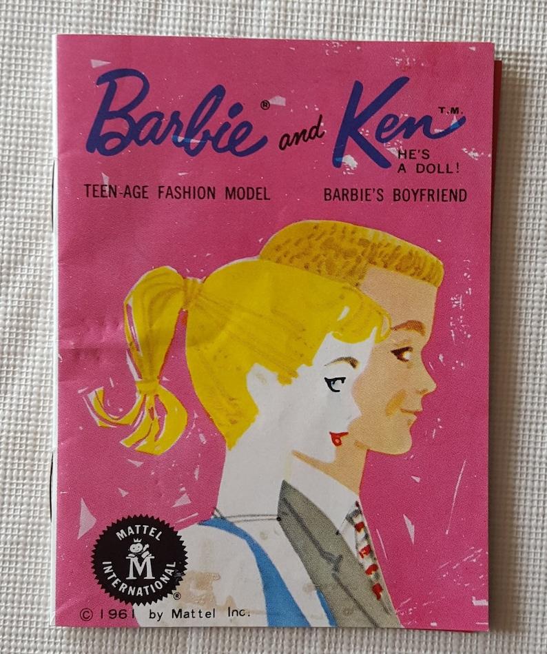 Vintage 1961 BARBIE and KEN FASHION BOOKLET FANTASTIC CONDITION JAPAN