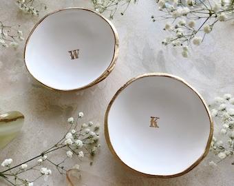 Custom Ring Dish, Monogram Jewelry Dish, Monogram Ring Dish, Wedding Ring Holder, Personalized Ring Dish, Wedding Gift, Engagement Gift