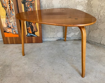 Who am I Coffee table Bentwood Table Bent Wood * fit your own project by pimp-factory.com