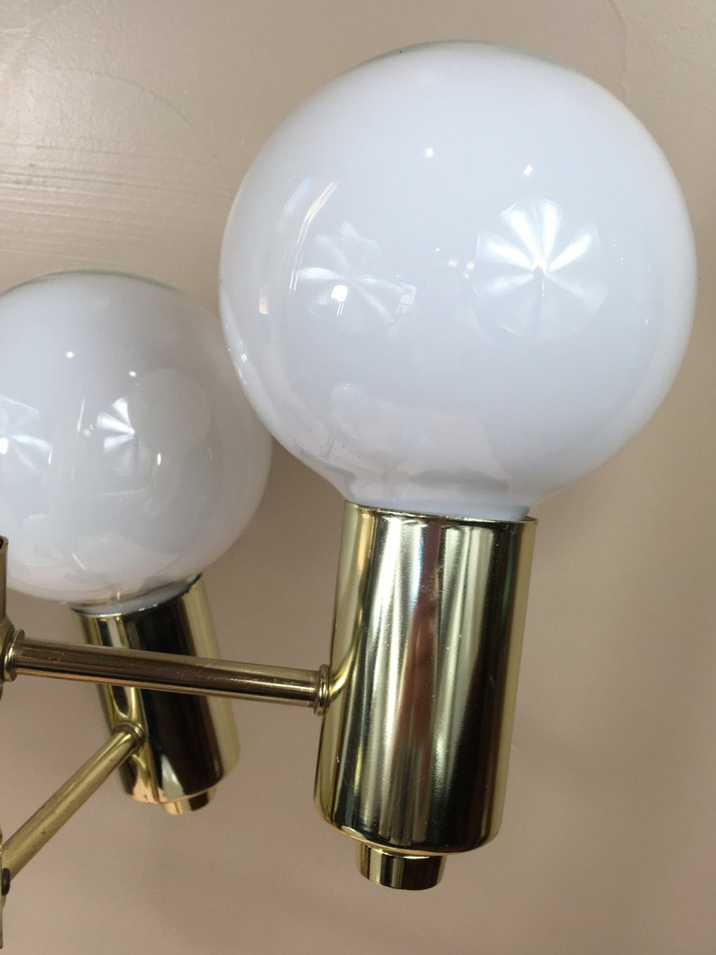 30 tall 5 SocketsArms Very Unique Vintage Table Lamp Brass 5 Large Round 5 White Exposed Bulbs Atomic Era Mid-Century Modern Lamp