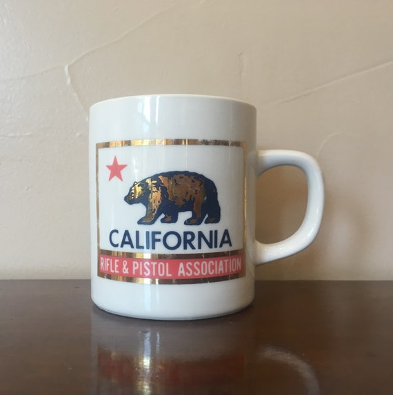 Ceramic Flag Rifleamp; Firearms Lone DesignUnusual Red Grizzly California Mug Pistol Collectible Bear Star State Association YvIb6fg7y