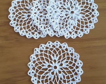 SPINNING WHEEL DOILIES (set of 4)