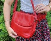 Red Leather Handbag, 1980s Leather Shoulder Bag, 80s Retro Red Handbag, Vintage Leather Crossbody Bag, Envelope Front