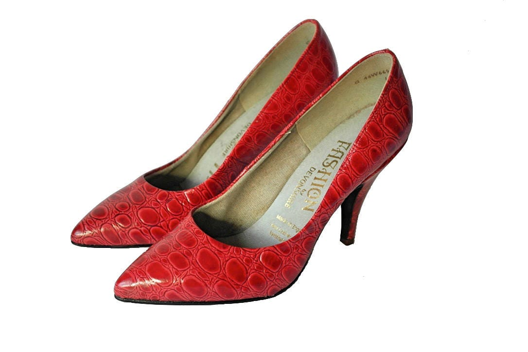 1970s Red Leather Leather Leather Stiletto Heels Vintage Moc Croc Leather Shoes Lipstick Red Retro Heels 'Young Fashion' Faux Croc Stilettos UK Size 3 26288f
