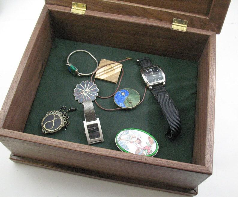 Hemlock wood Inlay.SecretCompartment.BlackWalnut.box.Keepsake.Memory.Retirement Gift.Dresser Valet.Gift for him.Gift for her.AnniversaryGift