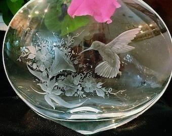 Hand Engraved Crystal Vase Featuring Hummingbird Design
