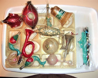 antique christmas ornaments including wire wrapped a kugel and more