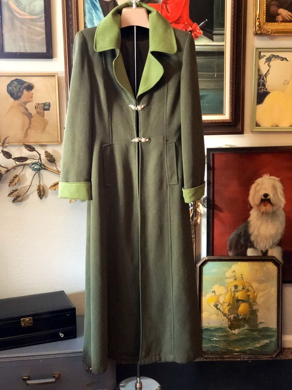Vintage 2 Tone Olive Green Trench Coat with Rhines