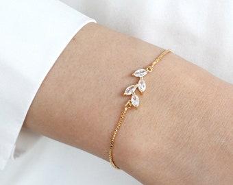 Bridesmaids Bracelet Gifts, Adjustable Best friend Personalized initial Bracelet, flower girl Bracelet, Dainty leaf Bracelets,Forest Wedding
