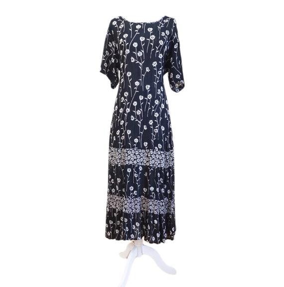 Vintage Black Floral Boho Maxi Dress