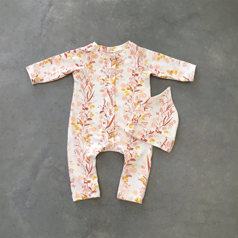 2 gender neutral NB organic baby clothes baby girl all in one playsuit floral romper going home outfit baby girl romper