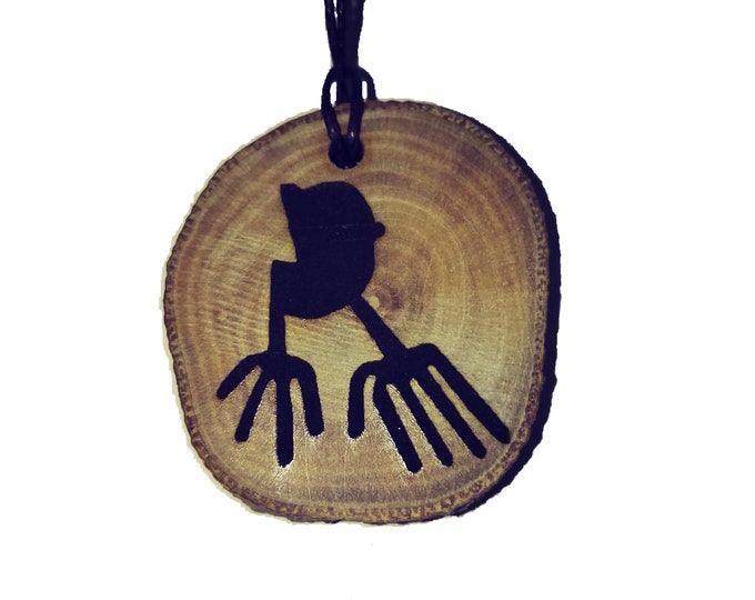 Bespoke Nazca Lines Geoglyph Hands Handmade Wooden Engraved Necklace Pendant Charm  #Nazca #Geoglyph