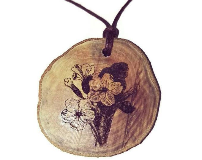 Primula Vulgaris Flower Wild Primrose Flowers Wooden Natural Handmade Engraved Necklace Charm Can Be Personalised #primrose #Etsy #Charm