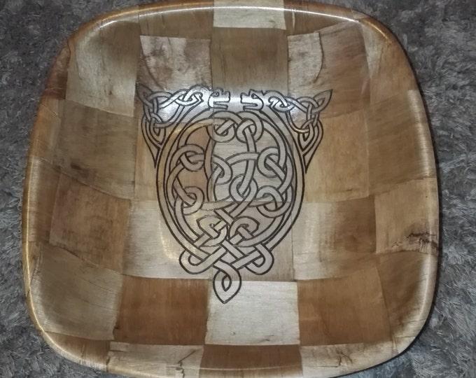 Retrosheep CELTIC DOG Norse Viking  Engraved hand painted NATURAL bamboo wooden bowl unique fruit / egg basket / nik naks viking art #Etsy