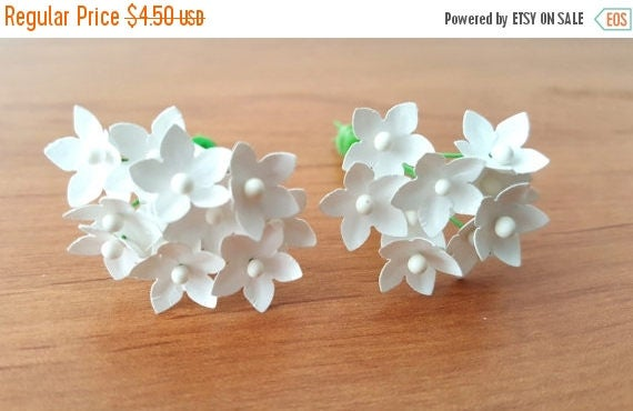 Small Paper Flowers Set Of 100 White Paper Flowers Tiny Etsy