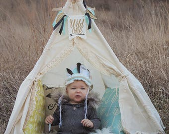Boho photo prop teepee/toddler photo tent / Kids play tent/ toddler teepee photo prop