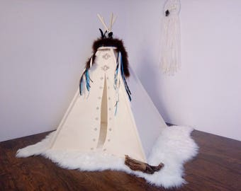 S Aztec toddler teepee/photo prop tent / Kids play tent/ toddler teepee photo prop
