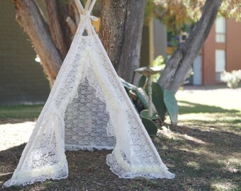 LACEY photo prop teepee/toddler photo tent / Kids play tent/ baby teepee photo prop