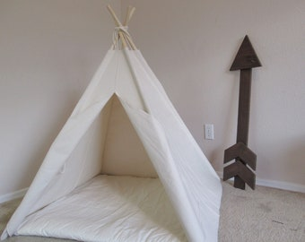 Plain Pet teepee with anti-collapse design, pet friendly designed ,dog teepee, cat teepee