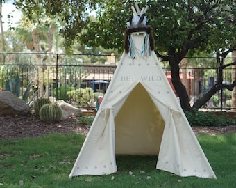 BE canvas teepee tent /hand print kids play tent/ kids fort/ children play tipi with hand stamp quote