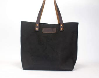 The Lynn Matte Black Leather Bag // Handcrafted Leather Bag For Women// Medium Leather Tote