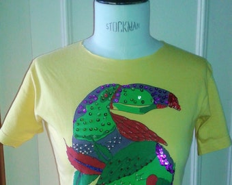 Vintage rare t-shirt crop top 80's yellow printed bird Parrot embroidered Pearl sequins 34/36