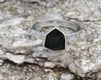 Natural green tourmaline 925 sterling silver ring