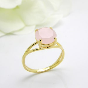 Sterling Silver Rose Quartz ring Cocktail ring love ring delicate ring pink ring Natural Gemstone ring promise ring minimalist ring