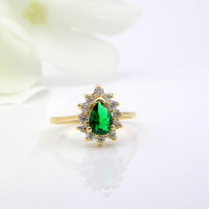 Blue Topaz ring birthstone ring Gemstone ring topaz jewelry anniversary ring halo ring promise ring princess Diana ring kate ring