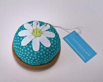 Flower Pin cushion - Turquoise with light blue dots