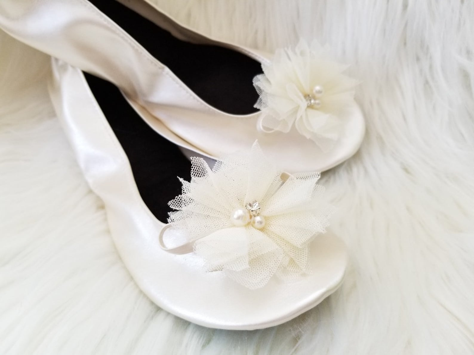 bridesmaid slippers, bridal flats, wedding flats, bridesmaids flats, wedding slippers, ballet flats, foldable flats, party slipp