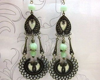 long earrings ethnic, pale green, bronze, pearls, paper