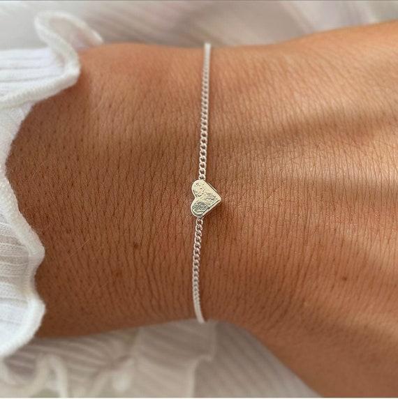 Silver heart bracelet, Dainty charm bracelet, Heart bracelets for women, gift for her, traveller present, love hearts, Stocking filler girls