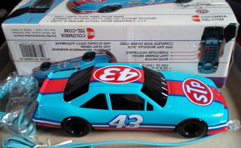 Richard Petty novelty race car telephone 1992 Nascar