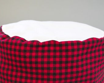Flannel Cat Bed- machine washable pet bed, red and black buffalo plaid cat bed, vintage holiday design