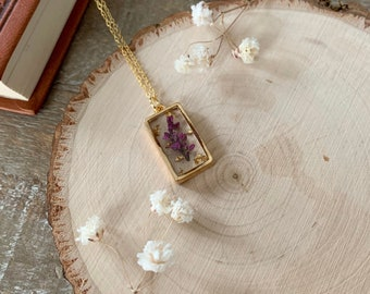 Pressed Flower Necklace - Flower Pendant - Dainty Gold Jewelry - Cottagecore Necklace - Fairycore