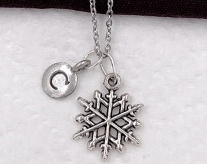 Snowflake Gifts, Christmas Gifts, Silver Snowflake Necklace Jewelry for Women and Girls, Personalized Intial Charm Necklaces