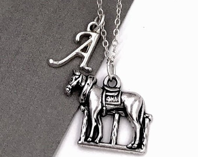 Horse Necklace, Animal Jewelry, Horse Trainer Gift, Western Necklace, Gift For Women and Girls, Equine Traning, Race Horse, Popular Necklace