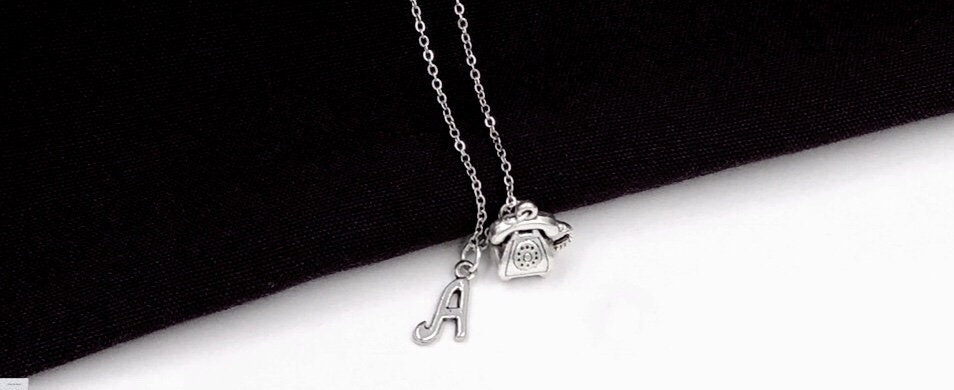 f0dea2d4692b Phone Necklace