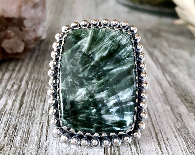 Size 7 Seraphinite Statement Ring Set in Sterling Silver / Curated by FOXLARK Collection