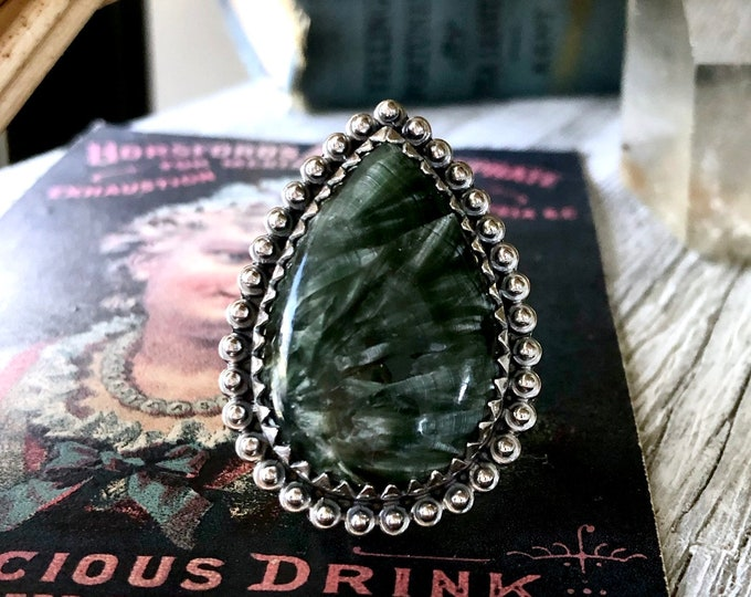 Size 9 Seraphinite Statement Ring Set in Sterling Silver / Curated by FOXLARK Collection