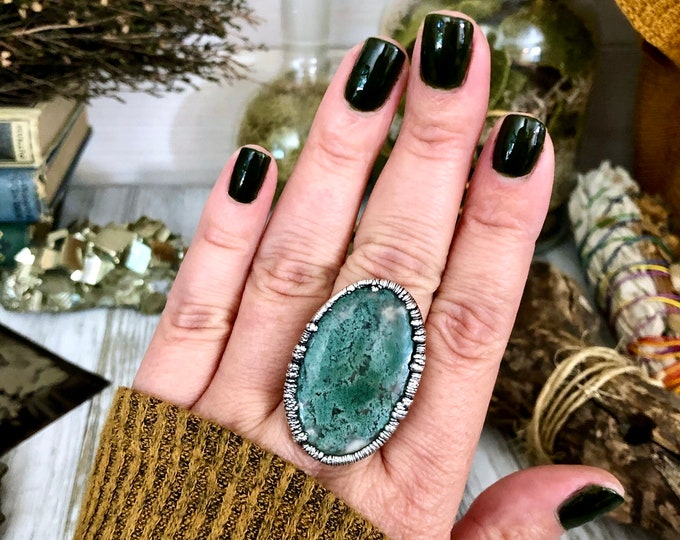 Size 8 Silver Natural Moss Agate Ring in Fine Silver