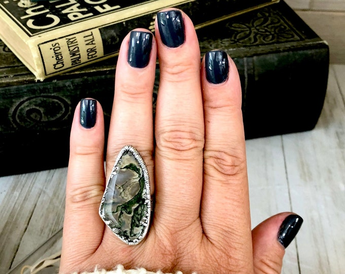 Size 8.5 Natural Moss Agate Statement Ring in Silver