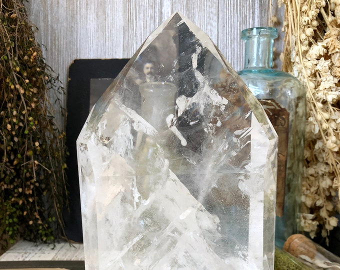 Large Crystal Point Big Crystals / Clear Quartz with Rainbow /  Large Clear Quartz Standing Point Quartz
