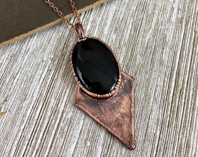 Crystal Necklace Black Onyx Pendant / Natural Stone Statement Necklace