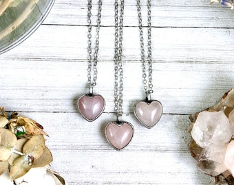 Dainty Rose Quartz Crystal Necklace in Silver