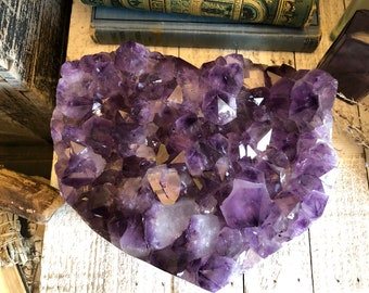 Raw Amethyst Heart Shaped Crystal Cluster / Amethyst Crystal Stone Purple Crystal Gift for her / Bohemian Gift Druzy Valentine's Day Gift
